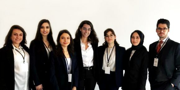 Faculty of Law Students Win Award in ISTAC Competition