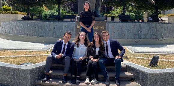 Geleceğin Tahkim Avukatı Yarışması'nda Birincilik