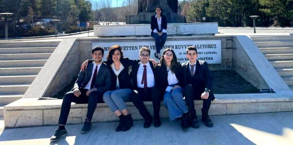 Hukuk Fakültesi Öğrencilerinin Başarıları