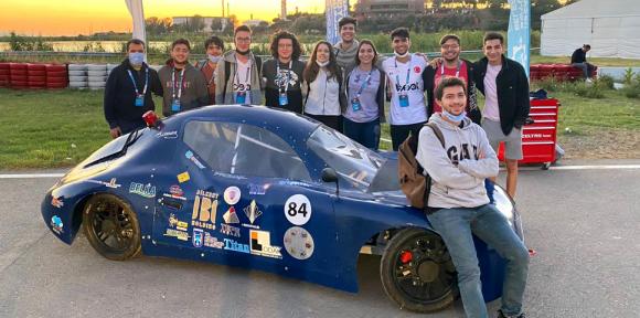 Mühendislik Öğrencilerinden BİL-CAR